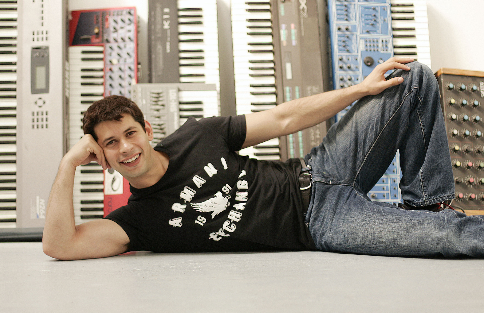 public://images/exec-life-images/2015/04/17/Shayan Floor Lying Down.png