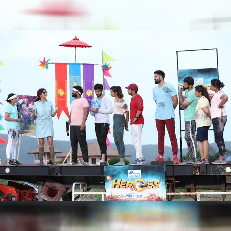 https://www.indiantelevision.com/sites/default/files/styles/230x230/public/images/tv-images/2019/08/21/zee.jpg?itok=zvhvgxZE