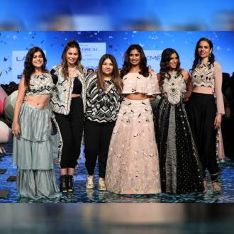 https://us.indiantelevision.com/sites/default/files/styles/330x330/public/images/tv-images/2020/02/21/lakme.jpg?itok=8h_vLHUy