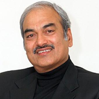https://www.indiantelevision.com/sites/default/files/styles/340x340/public/images/cable_tv_images/2014/08/24/narayan_rao.jpg?itok=jSEc3fWU