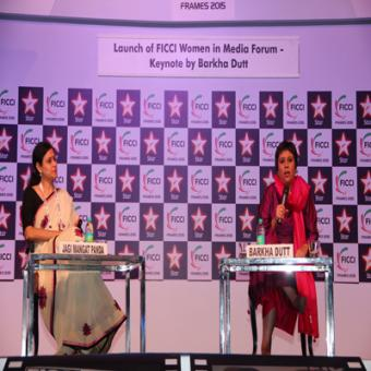 https://www.indiantelevision.com/sites/default/files/styles/340x340/public/images/event-coverage/2015/03/26/barkha.JPG?itok=AwDkLGG1