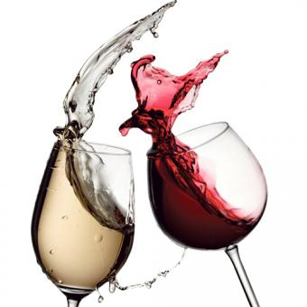 https://www.indiantelevision.com/sites/default/files/styles/340x340/public/images/exec-life-images/2015/02/26/wine-1.jpg?itok=0wf_WYJm
