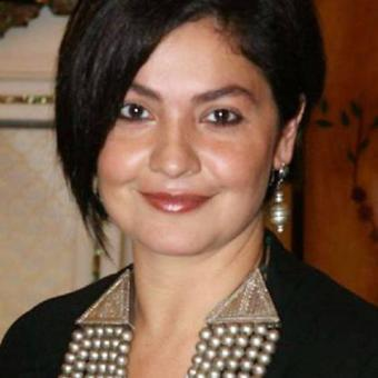 https://www.indiantelevision.com/sites/default/files/styles/340x340/public/images/exec-life-images/2015/10/02/Pooja-leads.jpg?itok=zB-hlYBm