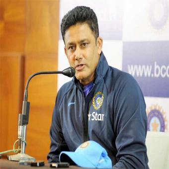 https://www.indiantelevision.com/sites/default/files/styles/340x340/public/images/headlines/2017/11/10/Anil%20Kumble%20%20800x800.jpg?itok=eKvzjKSi