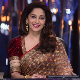 https://www.indiantelevision.com/sites/default/files/styles/340x340/public/images/headlines/2017/12/12/Madhuri%20Dixit-Nene.jpg?itok=UwEF2JbB