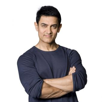 https://www.indiantelevision.com/sites/default/files/styles/340x340/public/images/headlines/2017/12/20/Aamir%20Khan%20800x800.jpg?itok=vDkY-vns