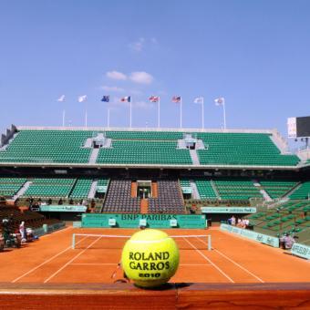 https://www.indiantelevision.com/sites/default/files/styles/340x340/public/images/headlines/2018/01/10/Roland-Garros.jpg?itok=_D0cV0NR