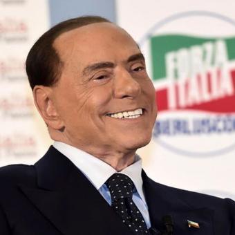 https://www.indiantelevision.com/sites/default/files/styles/340x340/public/images/headlines/2018/01/15/Silvio-Berlusconi.jpg?itok=b4dvBXI2