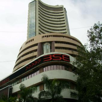 https://www.indiantelevision.com/sites/default/files/styles/340x340/public/images/headlines/2018/11/28/Bombay-Stock-Exchange.jpg?itok=isAinaSN