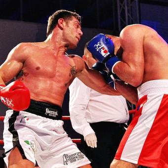 https://www.indiantelevision.com/sites/default/files/styles/340x340/public/images/headlines/2018/12/06/World-Series-Boxing.jpg?itok=ffCQRrRt