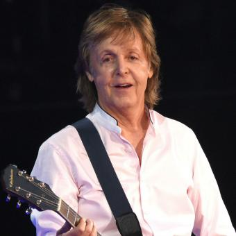 http://www.indiantelevision.com/sites/default/files/styles/340x340/public/images/headlines/2018/12/19/Paul-McCartney.jpg?itok=zLQXtjHQ