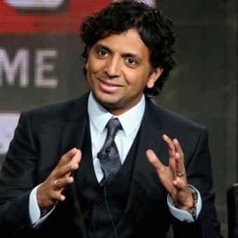 https://www.indiantelevision.com/sites/default/files/styles/340x340/public/images/headlines/2019/05/31/M.-Night-Shyamalan.jpg?itok=ZJA_STWe