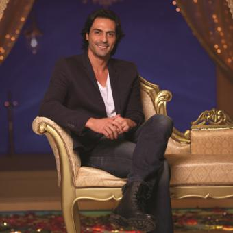 http://www.indiantelevision.com/sites/default/files/styles/340x340/public/images/mam-images/2013/11/05/octmam72.jpg?itok=6in3iKGr