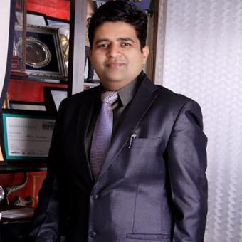 https://www.indiantelevision.com/sites/default/files/styles/340x340/public/images/mam-images/2014/01/13/sanjeev.jpg?itok=3NFNwdAX