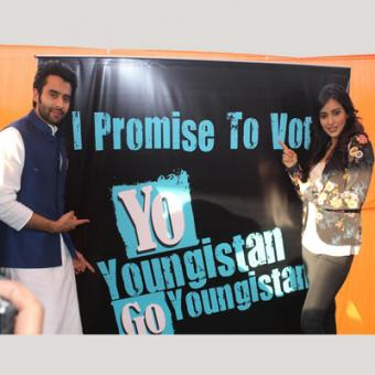 https://www.indiantelevision.com/sites/default/files/styles/340x340/public/images/mam-images/2014/02/22/youngistan.jpg?itok=BHYmZBLe