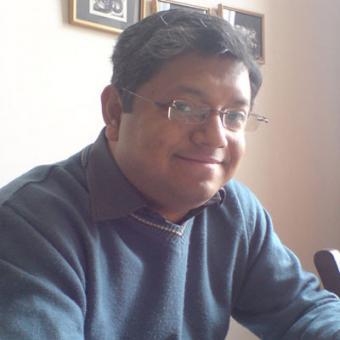 https://www.indiantelevision.com/sites/default/files/styles/340x340/public/images/mam-images/2015/09/24/Rathindra%20Basu.jpg?itok=M__YYpMt