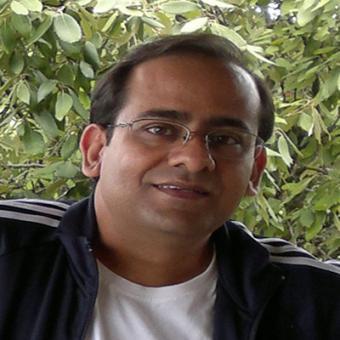 https://www.indiantelevision.com/sites/default/files/styles/340x340/public/images/mam-images/2015/10/24/Arun%20Sharma.jpg?itok=UBXjOLYk