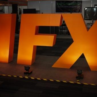 https://www.indiantelevision.com/sites/default/files/styles/340x340/public/images/movie-images/2013/10/10/AAH%202.jpg?itok=AQJcwwHC