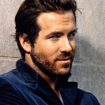 https://www.indiantelevision.com/sites/default/files/styles/340x340/public/images/movie-images/2014/01/06/ryan-reynolds.jpg?itok=cwRYFsyD