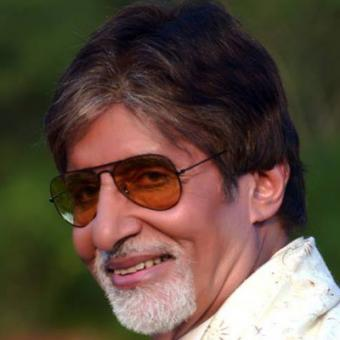 http://www.indiantelevision.com/sites/default/files/styles/340x340/public/images/movie-images/2014/03/04/amitabh.jpg?itok=pY0uX7OA