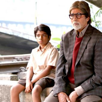 https://www.indiantelevision.com/sites/default/files/styles/340x340/public/images/movie-images/2014/04/14/Bhoothnath-Returns-Movie-Latest-Poster.jpg?itok=anWGo177