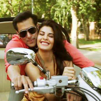 https://www.indiantelevision.com/sites/default/files/styles/340x340/public/images/movie-images/2014/07/28/Kick-Movie-Salman-Khan-Jacqueline-Fernandez-Wallpaper.jpg?itok=YnqAdQVD