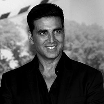 https://www.indiantelevision.com/sites/default/files/styles/340x340/public/images/movie-images/2014/08/23/akshay%20kumar.jpg?itok=xHy2QIiT