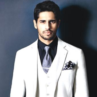 https://www.indiantelevision.com/sites/default/files/styles/340x340/public/images/movie-images/2014/09/06/Sidharth-Malhotra_0.jpg?itok=in8Sf98I