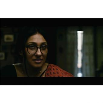 https://www.indiantelevision.com/sites/default/files/styles/340x340/public/images/movie-images/2014/11/12/Teenkahon-Film-Still-5_%20copy.jpg?itok=4zL_Xzyp