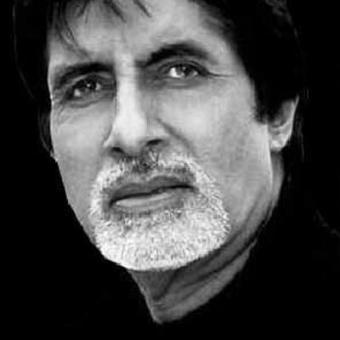 https://www.indiantelevision.com/sites/default/files/styles/340x340/public/images/movie-images/2015/03/16/amitabh-bachchan_400x400.jpg?itok=9RUTjVPH