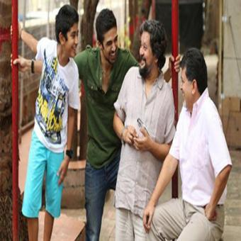 https://www.indiantelevision.com/sites/default/files/styles/340x340/public/images/movie-images/2015/08/18/Hawaa%20Hawaai.jpg?itok=Ve1Nuynt