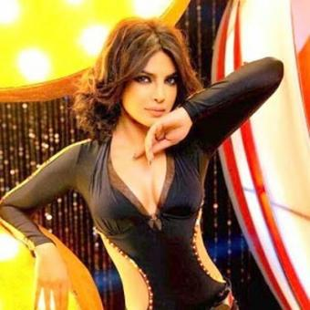 https://www.indiantelevision.com/sites/default/files/styles/340x340/public/images/movie-images/2015/08/18/Priyanka%20Chopra.jpg?itok=CZYU1LL5