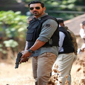http://www.indiantelevision.com/sites/default/files/styles/340x340/public/images/movie-images/2015/08/20/John%20Abraham.jpg?itok=RyhuY9A9