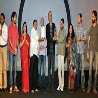 https://www.indiantelevision.com/sites/default/files/styles/340x340/public/images/movie-images/2015/08/21/Jagran%20Film%20Festival.jpg?itok=PmrjfD3L
