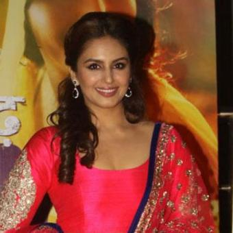 https://www.indiantelevision.com/sites/default/files/styles/340x340/public/images/movie-images/2015/08/24/Untitled-1_7.jpg?itok=osrC72PX