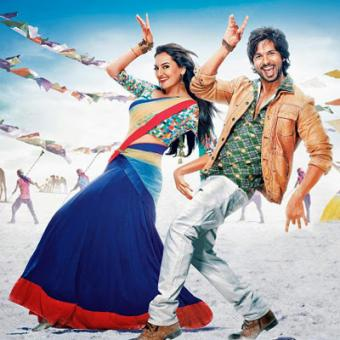 http://www.indiantelevision.com/sites/default/files/styles/340x340/public/images/movie-images/2015/08/25/R...jpg?itok=Wm8Tc6i4