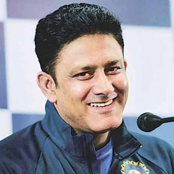https://www.indiantelevision.com/sites/default/files/styles/340x340/public/images/news_releases-images/2018/01/15/Anil-Kumble.jpg?itok=BZrrV04P