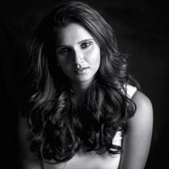 https://www.indiantelevision.com/sites/default/files/styles/340x340/public/images/news_releases-images/2019/04/22/Sania-Mirza.jpg?itok=WsKarljx