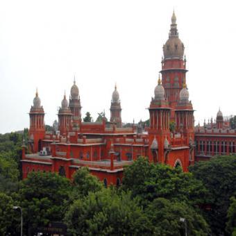 https://www.indiantelevision.com/sites/default/files/styles/340x340/public/images/regulators-images/2015/07/23/Chennai_High_Court_0.jpg?itok=dI6vIP9R