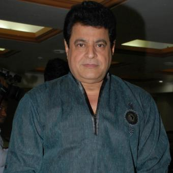 https://www.indiantelevision.com/sites/default/files/styles/340x340/public/images/regulators-images/2016/01/08/361385-gajendra-chauhan-ed.jpg?itok=Edw8CIWS
