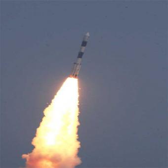 http://www.indiantelevision.com/sites/default/files/styles/340x340/public/images/satellites-images/2016/03/28/satellite.jpg?itok=aNGlN8Oz