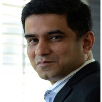 https://www.indiantelevision.com/sites/default/files/styles/340x340/public/images/tv-images/2014/03/10/Rajesh%20Kamat.JPG?itok=LmVIdBhh