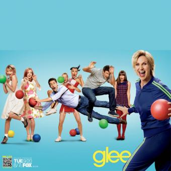 https://www.indiantelevision.com/sites/default/files/styles/340x340/public/images/tv-images/2014/03/11/glee_ver26_xlg.jpg?itok=IpTcbTSr