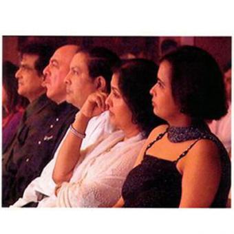 https://www.indiantelevision.com/sites/default/files/styles/340x340/public/images/tv-images/2014/04/07/tara.jpg?itok=lgcNoewc
