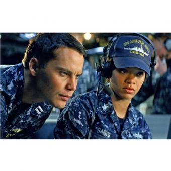 https://www.indiantelevision.com/sites/default/files/styles/340x340/public/images/tv-images/2014/11/08/Battleship%20airing%20on%20MOVIES%20NOW%2C%20Sunday%208th%20copy.jpg?itok=9vliDs51