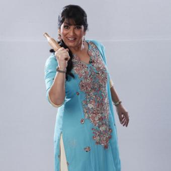 https://www.indiantelevision.com/sites/default/files/styles/340x340/public/images/tv-images/2014/12/30/Archana%20Puran%20Singh%20as%20Begum%20Paro%20from%20SAB%20TV%27s%20The%20Great%20Indian%20Family%20Drama%20copy.jpg?itok=O4MMn0LV