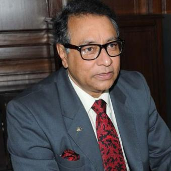 https://www.indiantelevision.com/sites/default/files/styles/340x340/public/images/tv-images/2015/02/03/Jawhar%20Sircar.jpg?itok=SISQOAtD