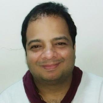 https://www.indiantelevision.com/sites/default/files/styles/340x340/public/images/tv-images/2015/05/18/Tushar%20hiranandani2.jpg?itok=npIwptT3