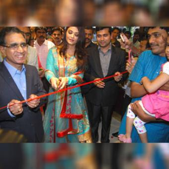 https://www.indiantelevision.com/sites/default/files/styles/340x340/public/images/tv-images/2015/08/12/a_1.jpg?itok=OAO4o8zm
