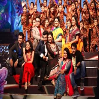 https://www.indiantelevision.com/sites/default/files/styles/340x340/public/images/tv-images/2015/09/12/Telly%20Awards.jpg?itok=faMY6VW0